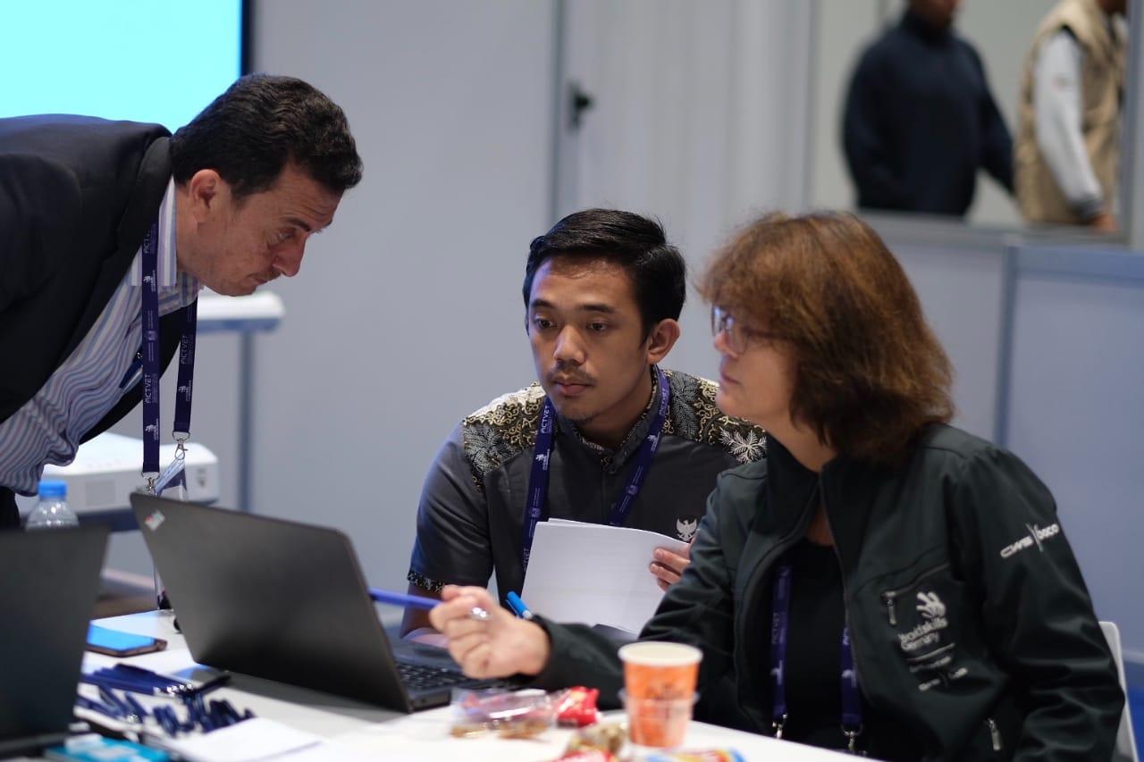 JUARA 1 ICT - WORLD SKILLS ASIA 2018, ABU DHABI UEA (Foto ke-9)