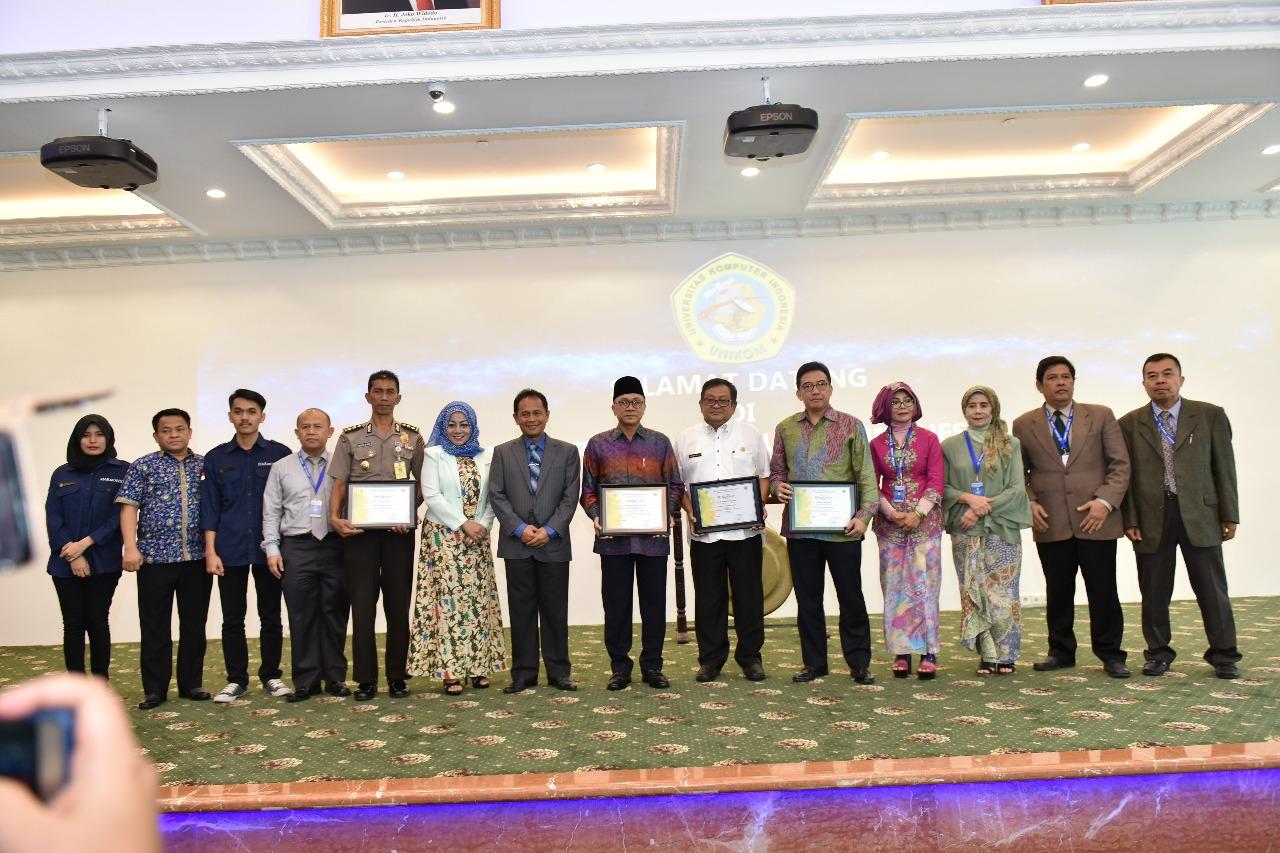 Kunjungan Ketua MPR Dr. Zulkifli Hasan (Foto ke-10)