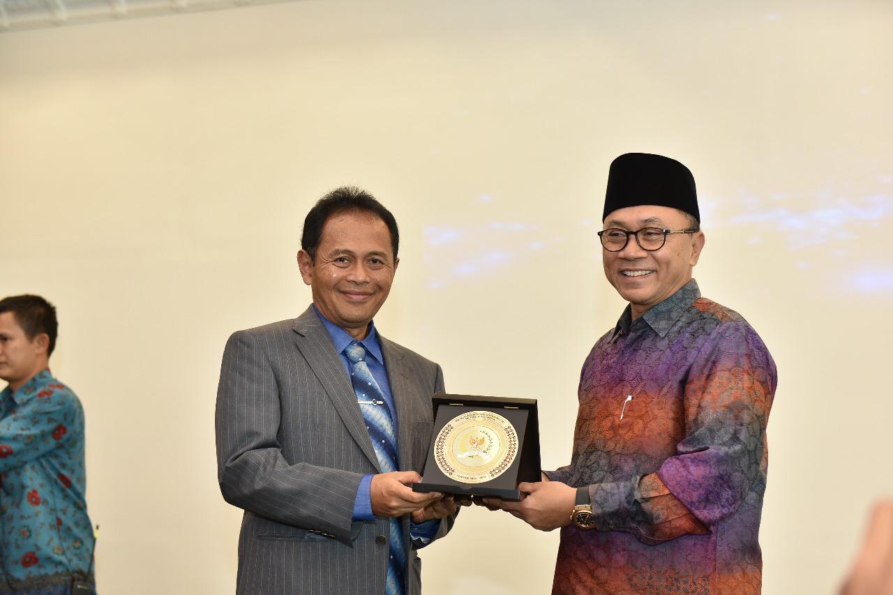 Kunjungan Ketua MPR Dr. Zulkifli Hasan (Foto ke-8)