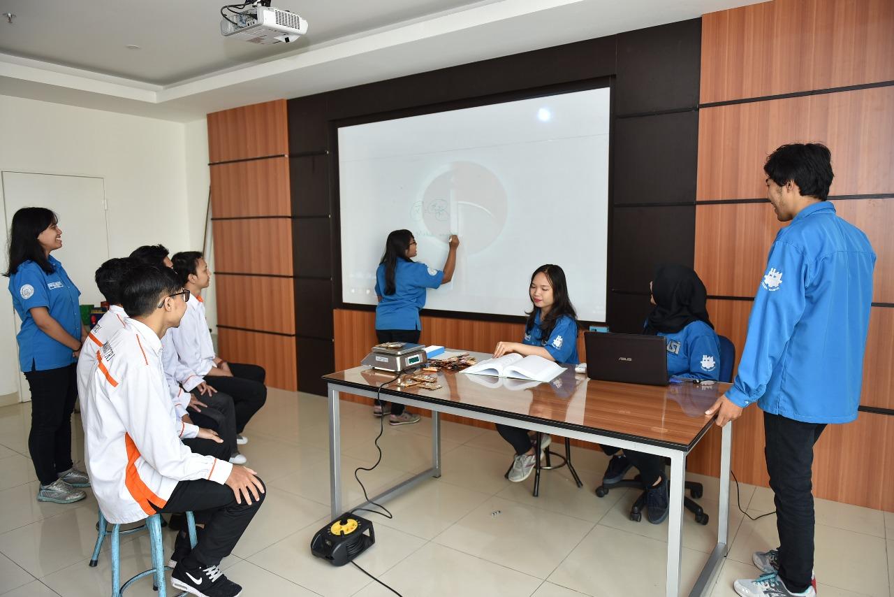 Ruangan Lab Statistik 3
